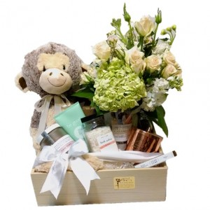 Pamper Mom and New Baby Gift Crate